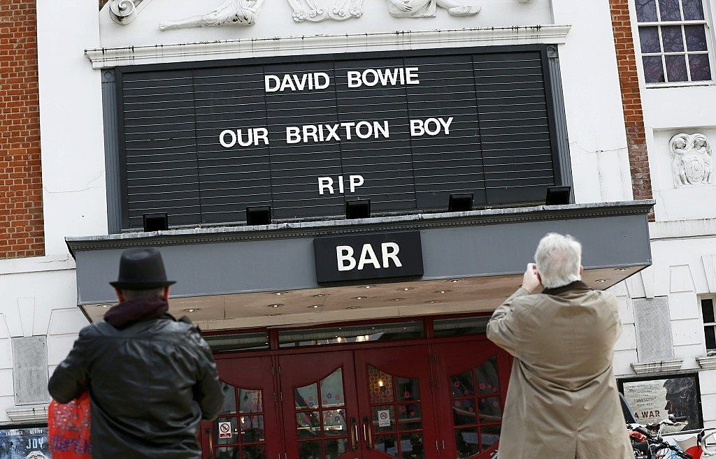 A tribute to David Bowie's is seen on a local cinema in Brixton, south London, January 11, 2016. REUTERS/Stefan Wermuth