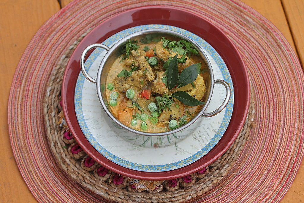 Kerala Chicken Stew. Credit: Copyright 2016 Rinku Bhattacharya