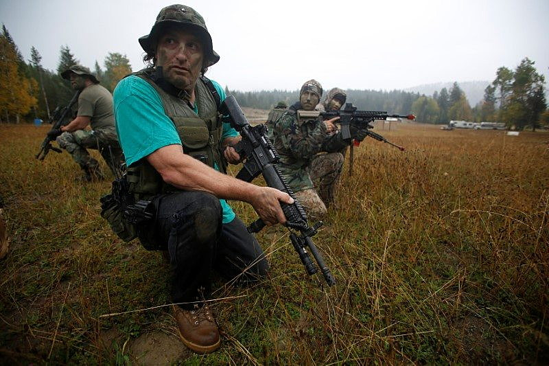 """Members of the Oath Keepers and general public participate in a tactical training session in northern Idaho, U.S. October 1, 2016. REUTERS/Jim Urquhart             SEARCH """"JIM OATH"""" FOR THIS STORY. SEARCH """"WIDER IMAGE"""" FOR ALL STORIES."""