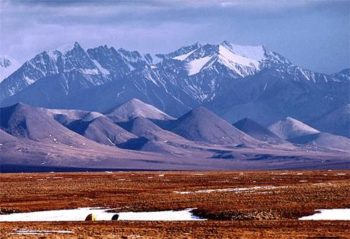Alaskans debate pros, cons of oil drilling in pristine