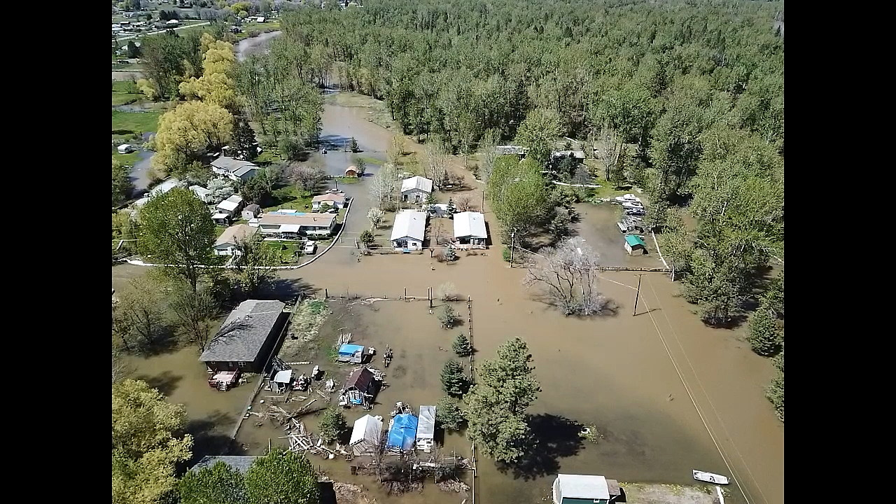 Montana deputies warn residents near rising river to leave