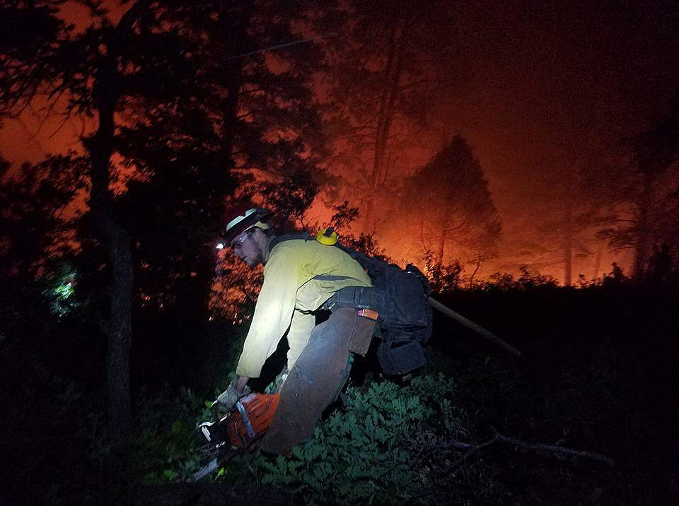 Colorado wildfire cuts off cities of Durango, Silverton from