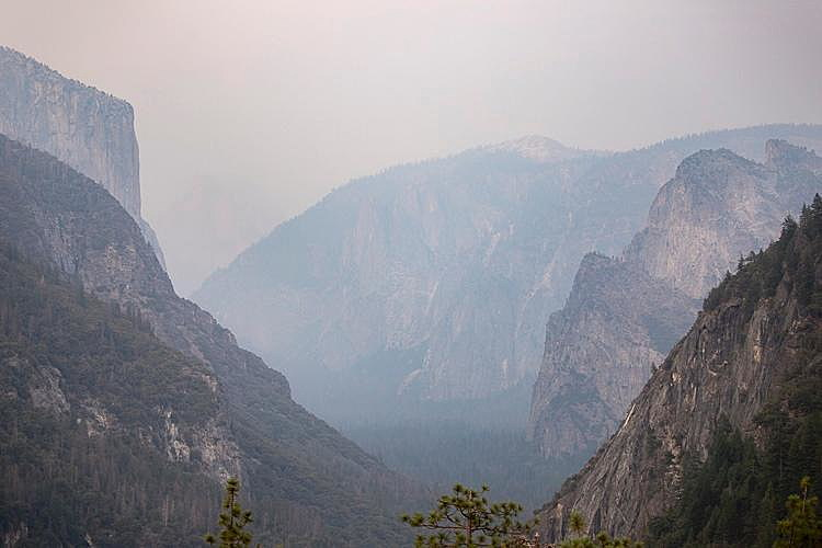 Parts of Yosemite National Park closing due to Ferguson Fire